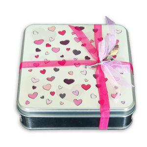 Caja_cuadrada-corazones-FB